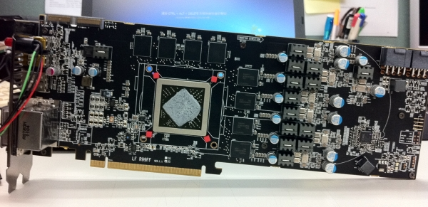 powercolor HD6970devil13pcb_1