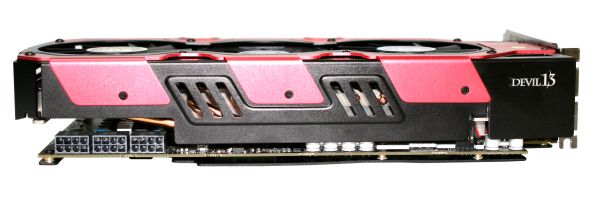 powercolor HD7990Devil13 3