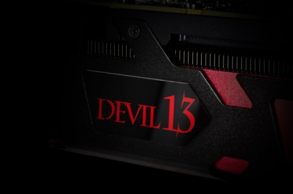 Powercolor R9295X2Devil13 1
