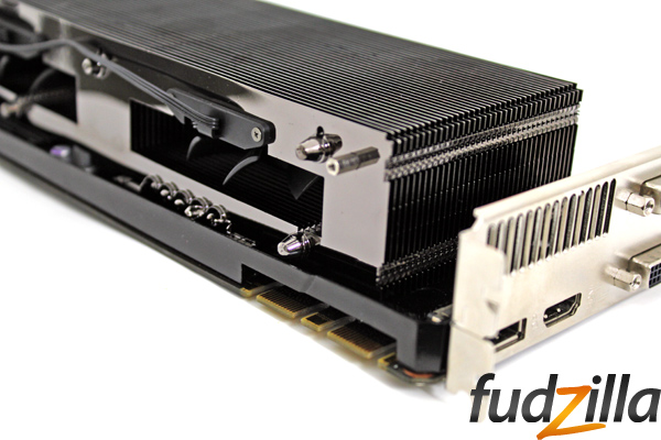 phantom-gtx-680-heatpipes2