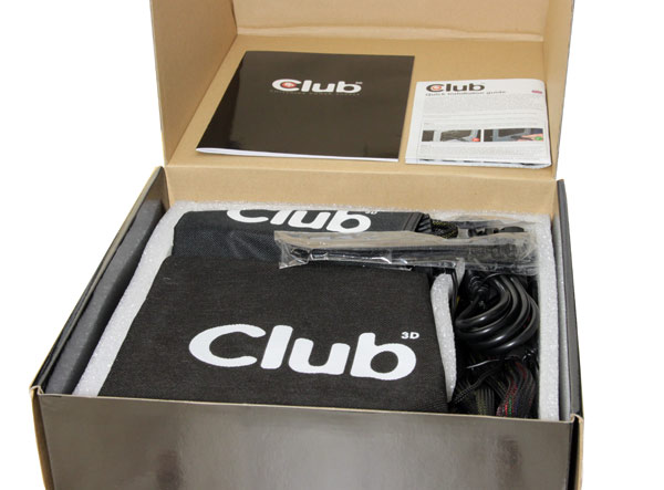 club-3d-1000W-PSU-box-4