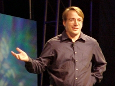 Torvalds dismisses AI fears