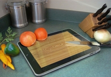 Another analyst says tablets are not much chop