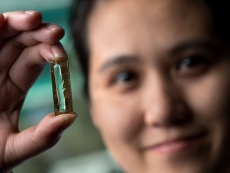 UCI researcher discovers important Li-Ion battery breakthrough