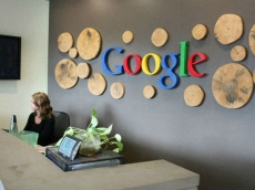 Google's accounts bloke quits