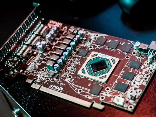 AMD Ellesmere PCB pictured in details