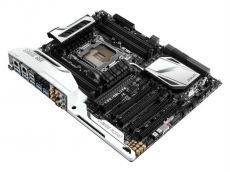 Asus X99-Deluxe with USB 3.1 shipping in Europe