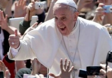 Pope saves NY from iPhone cult