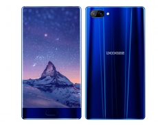 Doogee Mix is yet another bezel-less smartphone