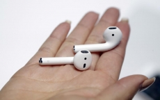 "Apple's Airbuds delays ""bogus"""