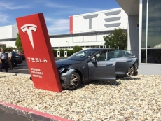 Tesla fires sexual discrimination complainer