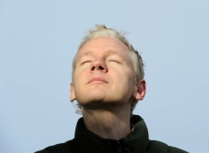 Wikileaks fights to suppress documentary
