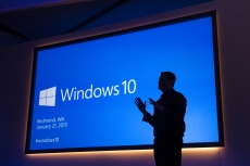 Microsoft reveals Windows 10 roll out plans