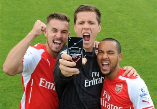 Selfie stick banned at Arsenal