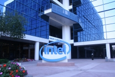 Intel disappoints Wall Street wows others