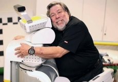 Woz invests big in automated paper-digitisation