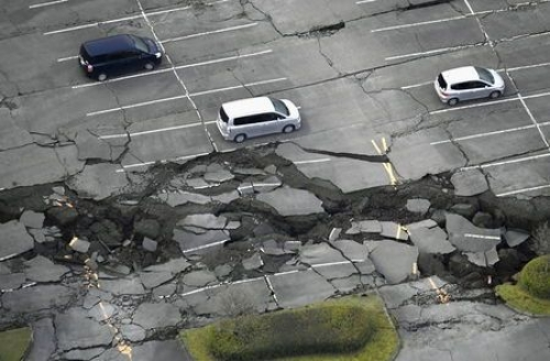 Japanese earthquakes could damage IT supplies