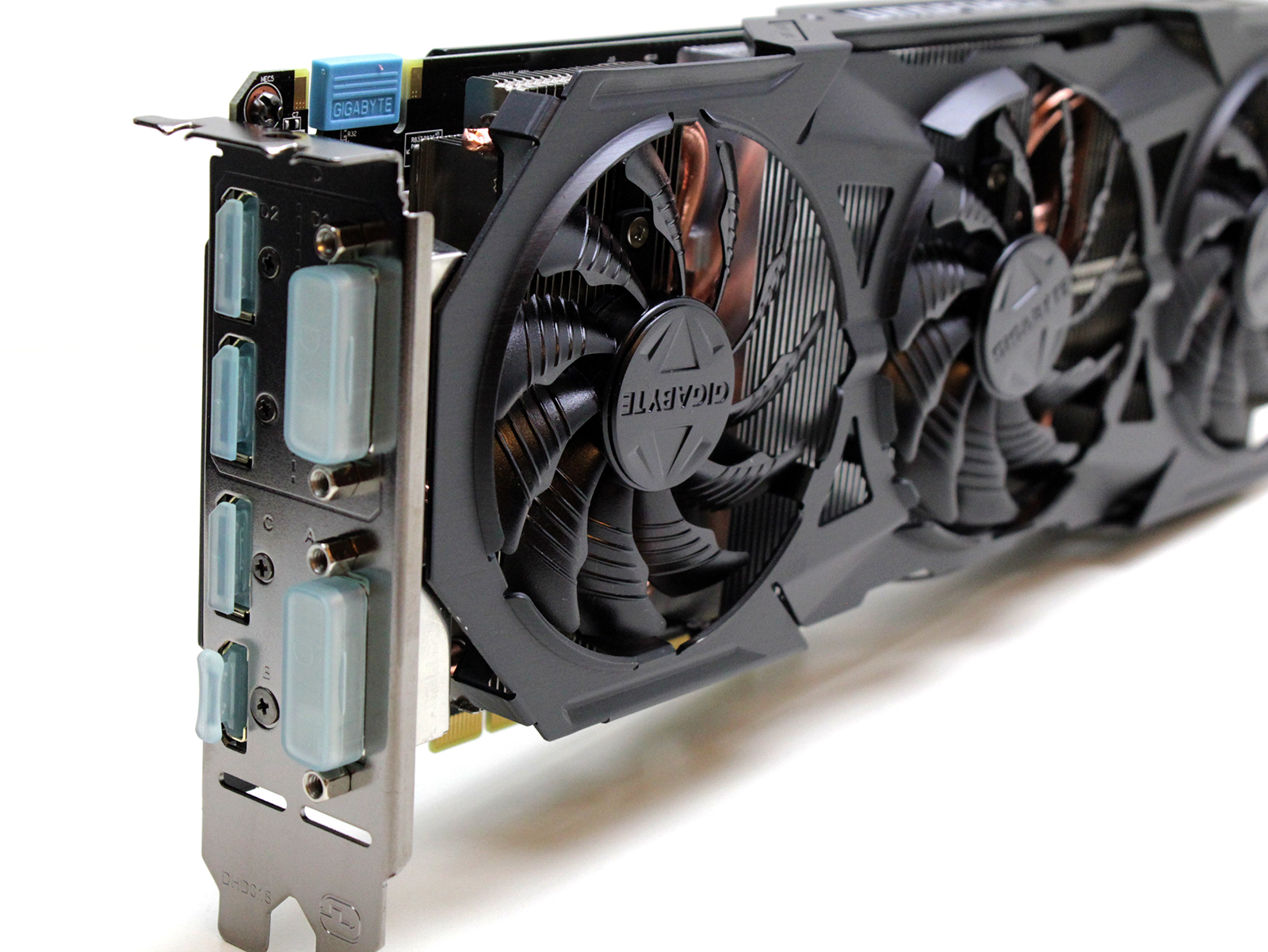 2 Gigabyte GTX 960 G1 Gaming images