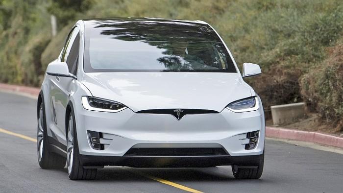 Tesla Model X Autoblog