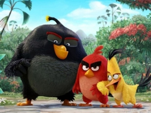 Humans still excel at Angry Birds