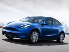 Tesla Model Y starts at $47K in late 2020