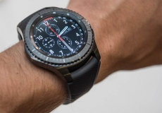 Samsung plans two new smartwatches