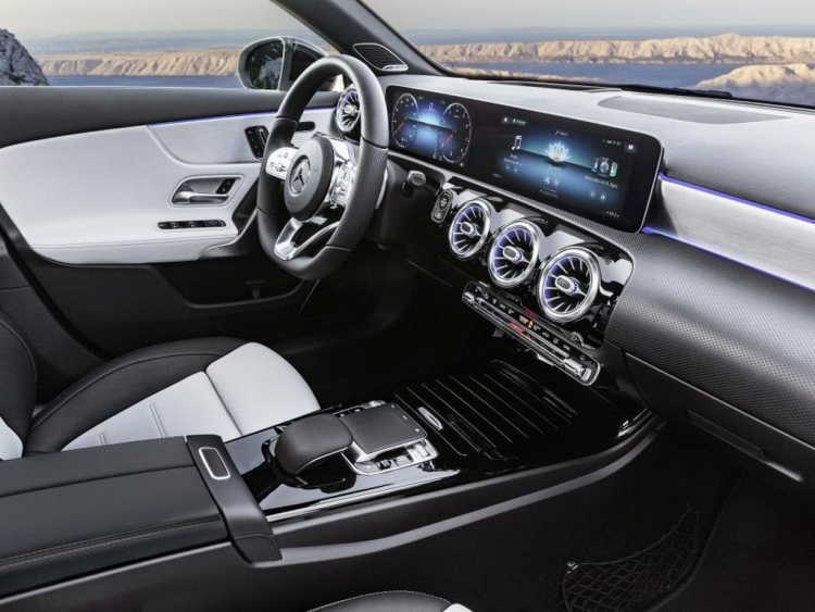Nvidia Powered Ai Cockpit Shown In New Mercedes A Class