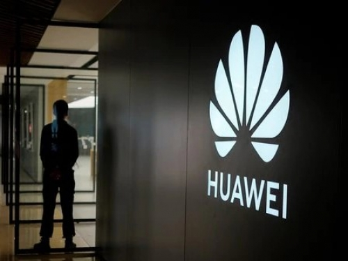 Huawei entangled in new crisis