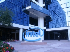 Intel beats AMD in notebook graphics