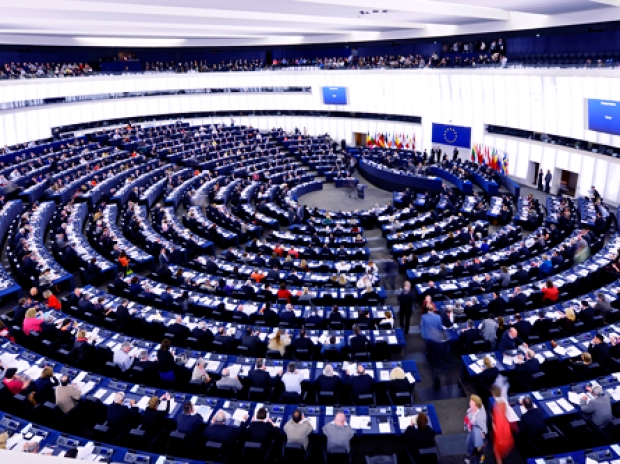 European Parliament throws out dumb copyright law
