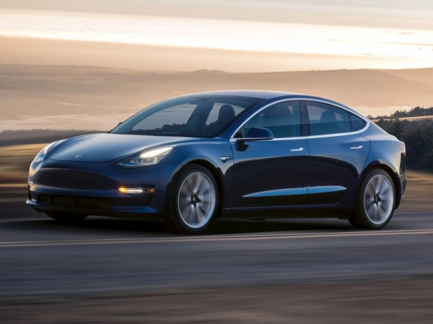Elon Musk confirms new Model 3 options with AWD