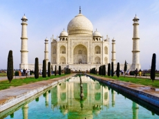 Apple and Foxconn consider going to India