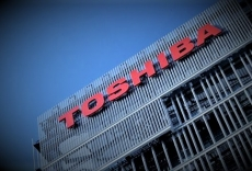 Toshiba names Bain as buyer