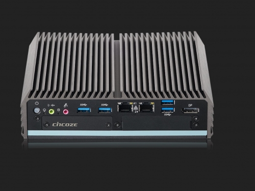 Cincoze releases new fanless PC