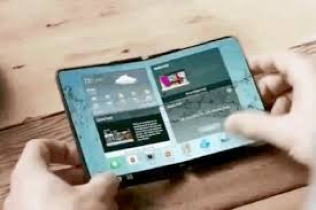 Google develops foldable phone software for Android