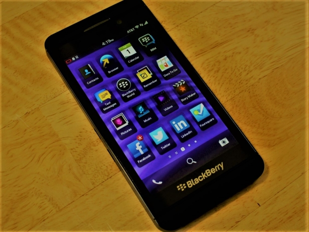 BlackBerry must face lawsuit over its Blackberry 10